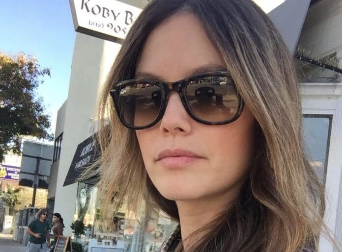 Rachel Bilson si scusa per la sua rottura del 2006 con Adam Brody Non sembrava esserci cattivo sangue tra gli ex, come ha aggiunto la star di Heart of Dixie: