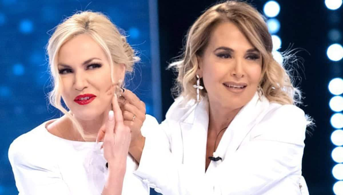 Barbara D'Urso smentisce la rivalità con Federica Panicucci: 'Mai stato un attrito'